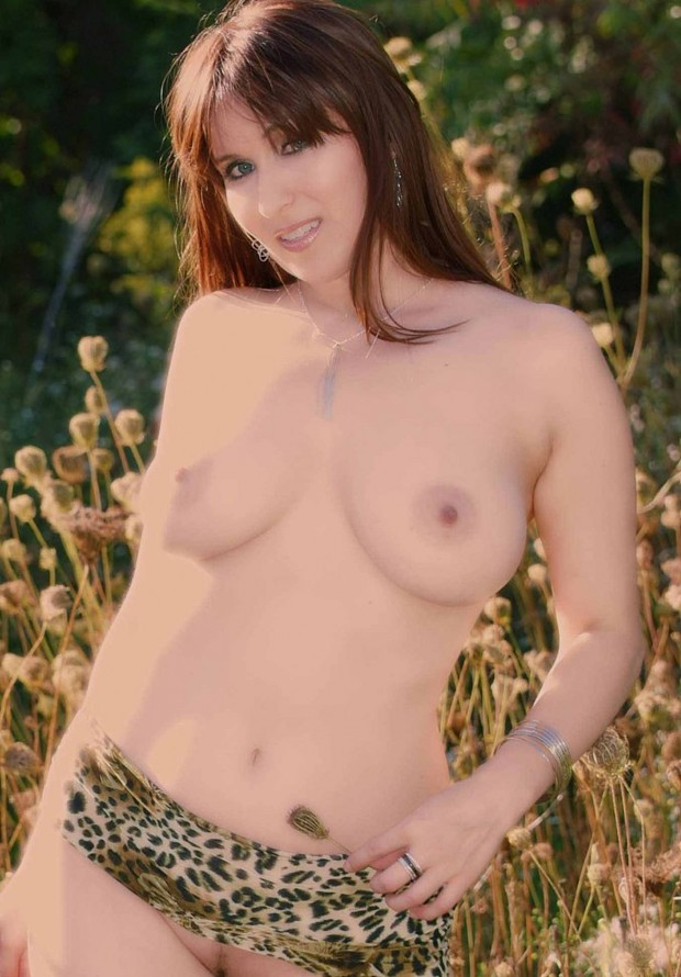 ; Amateur Big Tits Red Head