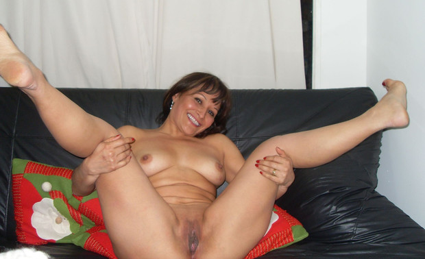 latina milf amateur Real