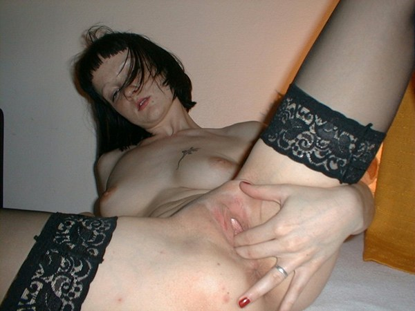 PostYourGirls.com; Amateur Masturbation