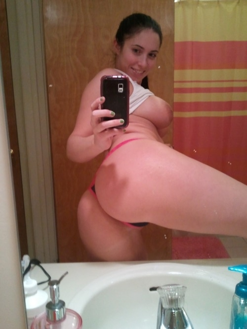 Big White Booty Self Shot Amateur Ass Tits Brute