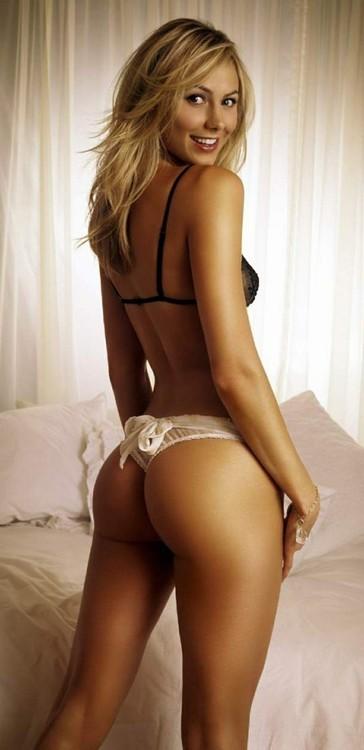 ...; Amateur Blonde College Hot Non Nude Teen