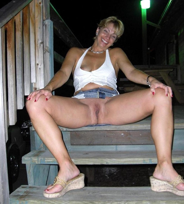 Best of Seated Upskirt Videos