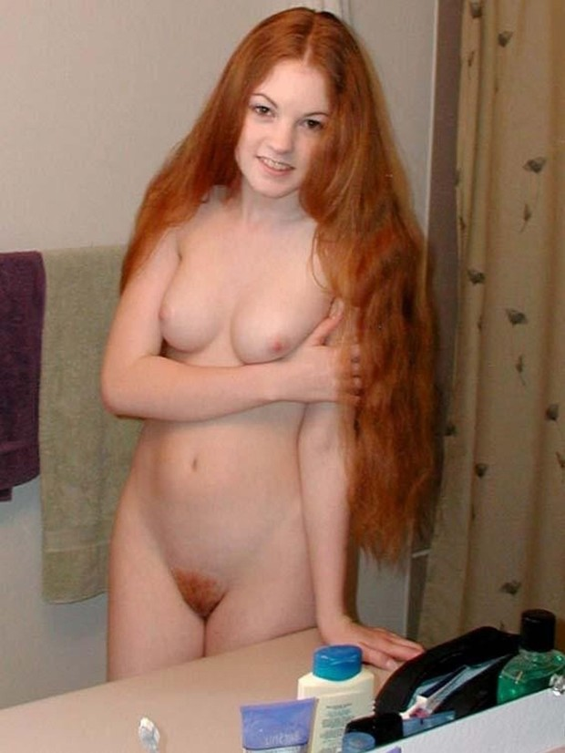 Naked redhead girlfriend