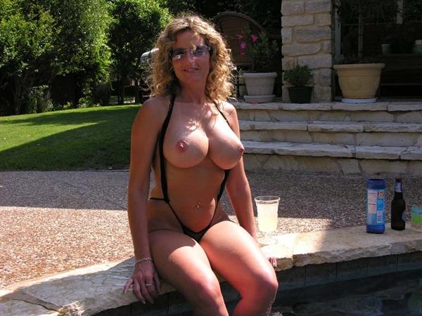 Grandes senos colgantes de madura - 2 part 1