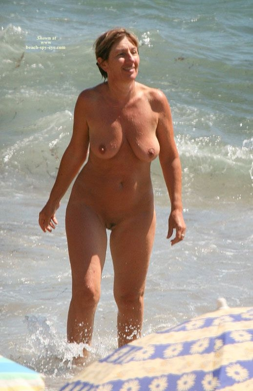 Has Never Been To A Nude Beach But Our Cameraman Was Ehibitionist Jpg