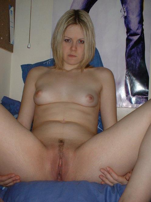 Amateur Blonde Girlfriend Naked