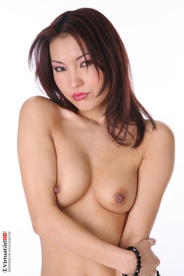Amateur Natural Tits Asian
