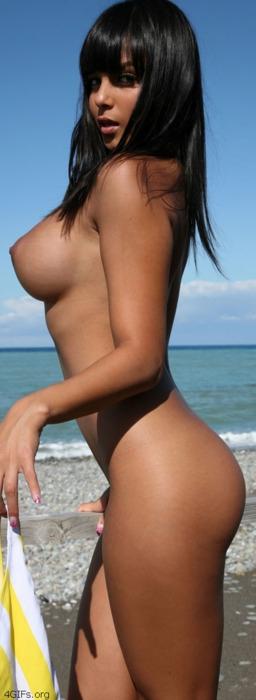Putas Diosas - Angie Varona - Jaime Laycock // naked girls; Amateur Babe Beach