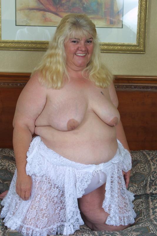 ; Amateur Bbw Big Tits Lingerie Mature