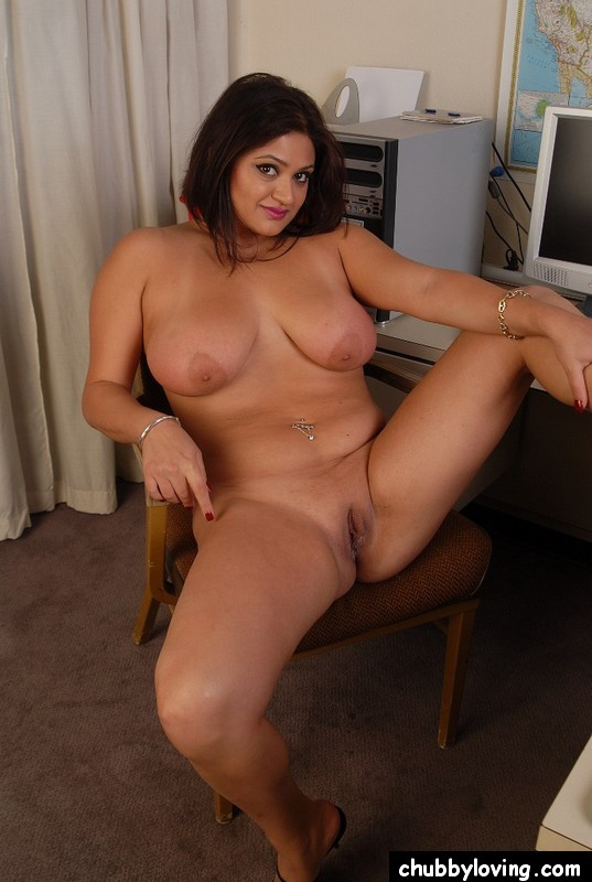 Bbw Brunette Big Tit Milf