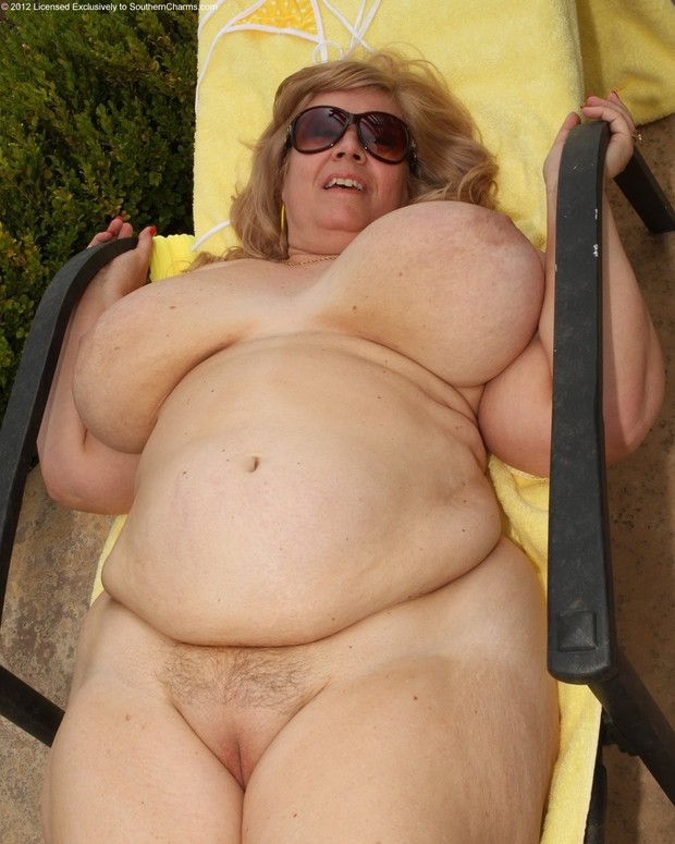 The Mature bbw naked