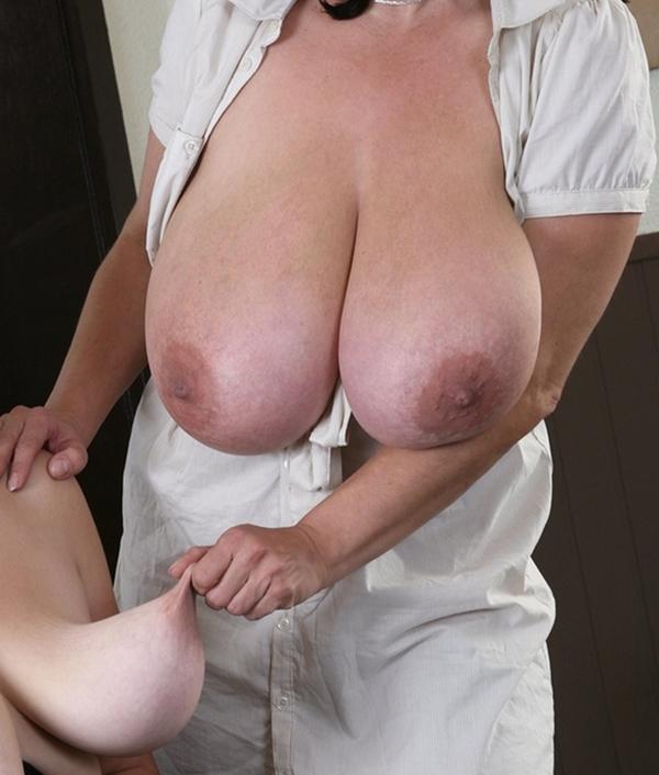 The Crop!; Babe BBW Big Tits Lesbian