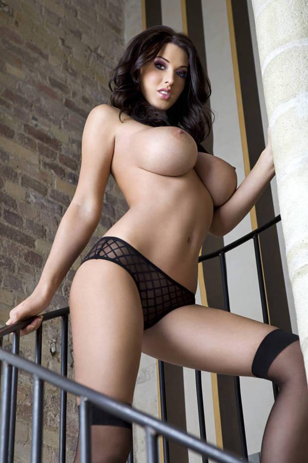 ...; Amateur Babe Big Tits Brunette Raven