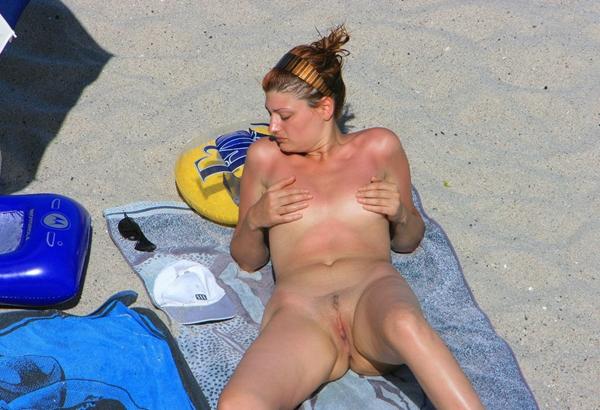 Fucking Beach - Naked Beach Blonde; Amateur Beach