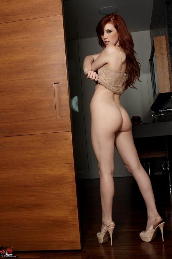 Lovely Elle Alexandra in heels; Ass Red Head Erotic