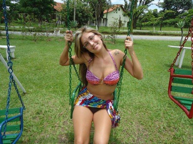 ; Amateur Babe Blonde Non Nude